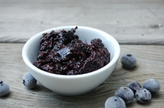 10 mins blueberry chia seed jam