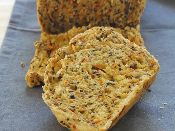 carrot sesame bread