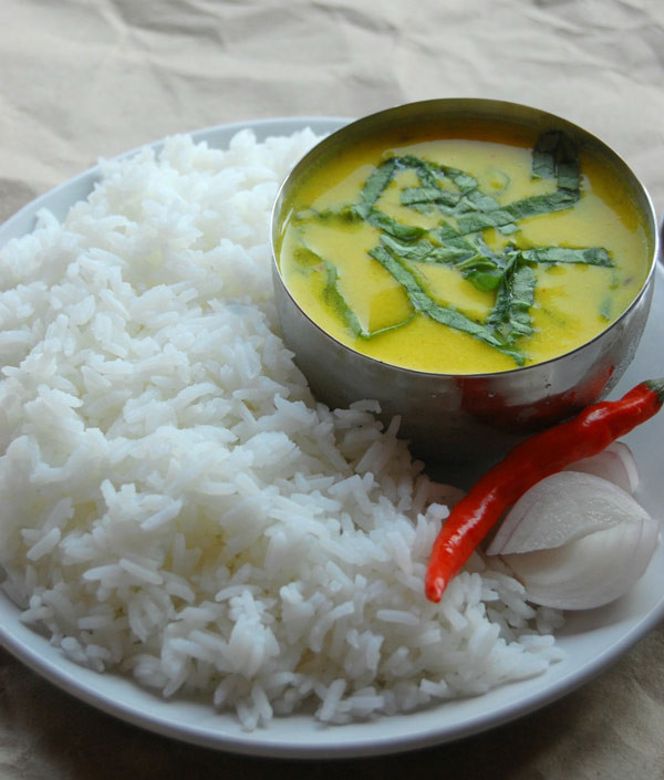 Palak Punjabi Kadhi with rice