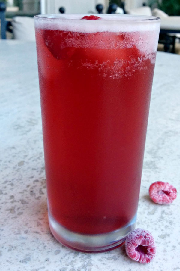 Hibiscus Raspberry Cooler Drink