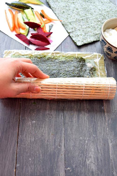 How to Make Spicy Mayo Vegetable Sushi Step 5