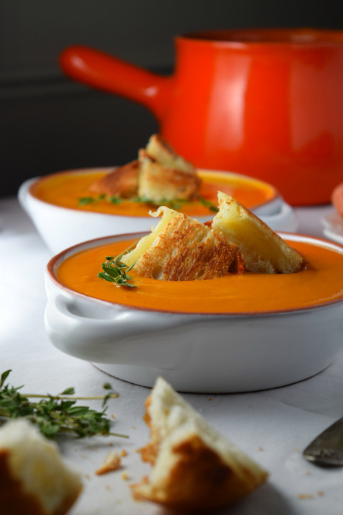 Creamy Tomato Soup With Grilled Cheese Croutons Ready to Eat