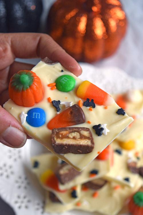 Halloween Candy Bark 1
