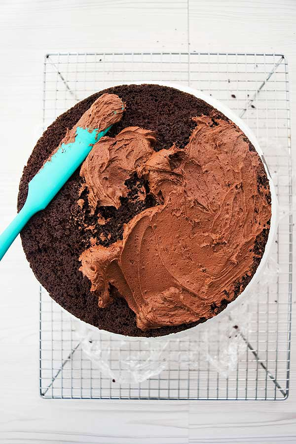 chocolate buttercream frosting on chocolate cake