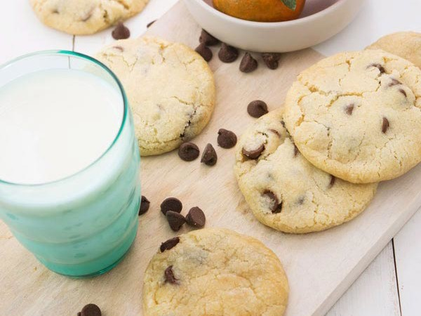 simple chocolate chip cookies