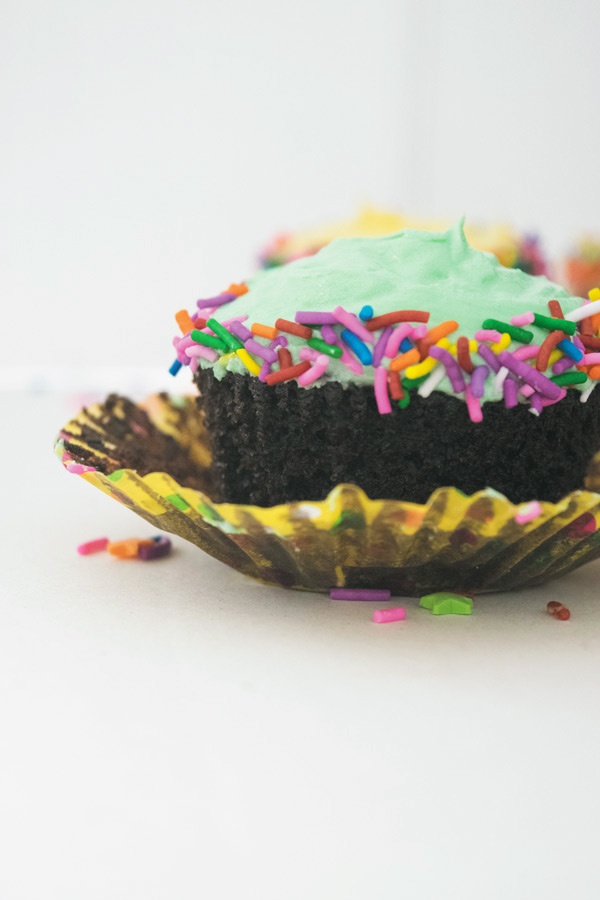 one bowl chocolate cupcake