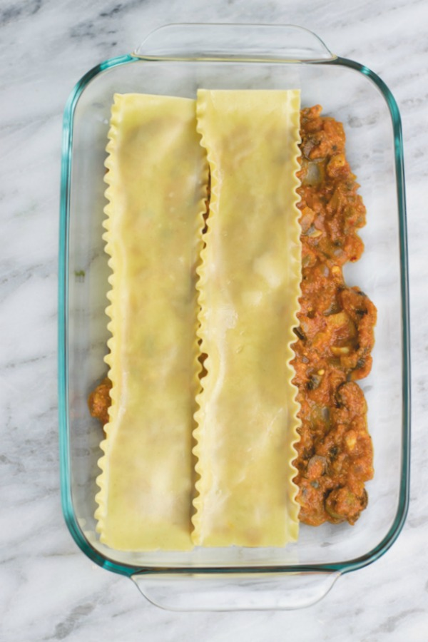 layering pasta for easy vegetarian lasagna