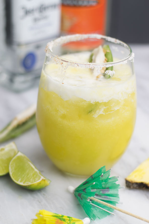 Jalapeno pineapple margarita - Jalapeno infused tequila, fresh pineapple, all blended into this fun margarita that is great for relaxing or for gatherings! Comes together super quick!