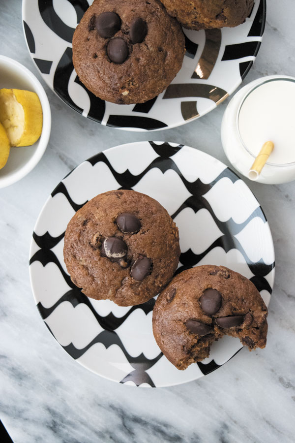 Chocolate Banana Muffins - these Eggfree, Butterfree and dairyfree muffins are the best banana chocolate muffins out there! No FUNNY ingredients!! Super soft and intense chocolate flavor makes them kids favorite!!