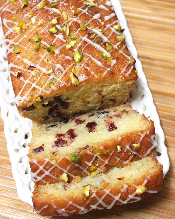orange-cranberry-cake-sliced