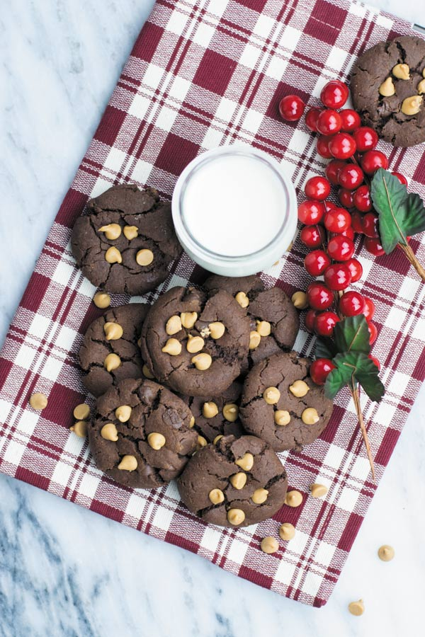 Chocolate PB Brookies - easy, eggless CHOCOLATE BROWNIE COOKIES with PEANUT BUTTER. Popular holiday treat loved by all!