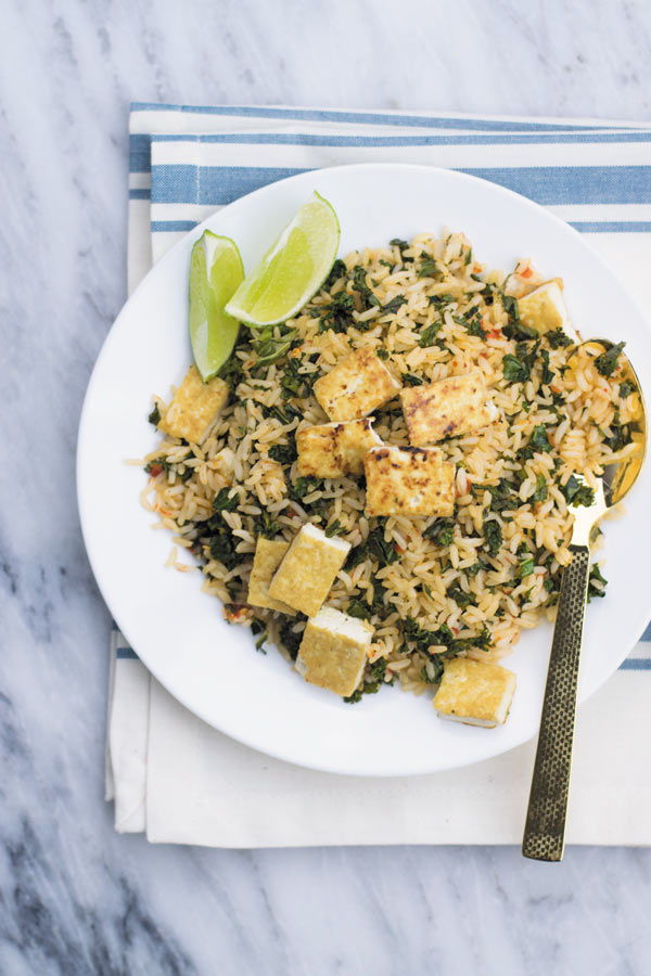 Spicy Kale Fried Rice - Just 15 Mins to make this amazing side dish or adding a protein of choice makes it into a filling meal! It's been on a regular DINNER rotation at our place. My family LOVES IT!