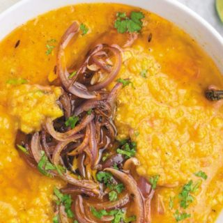 Easy Crockpot Red Lentils - Creamy red lentils made in slow cooker, served with tempered onions. This MEAL I can eat everyday! Simple, CHEAP & delicious!