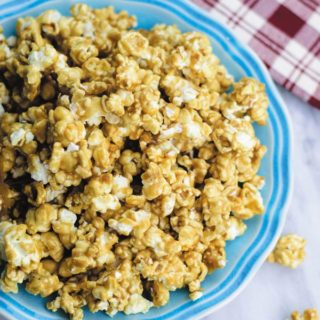 Old Fashioned Caramel Corn - Crunchy Caramel Corn made with just few basic ingredients! Great holiday gift or for snacking for at home movie nights!