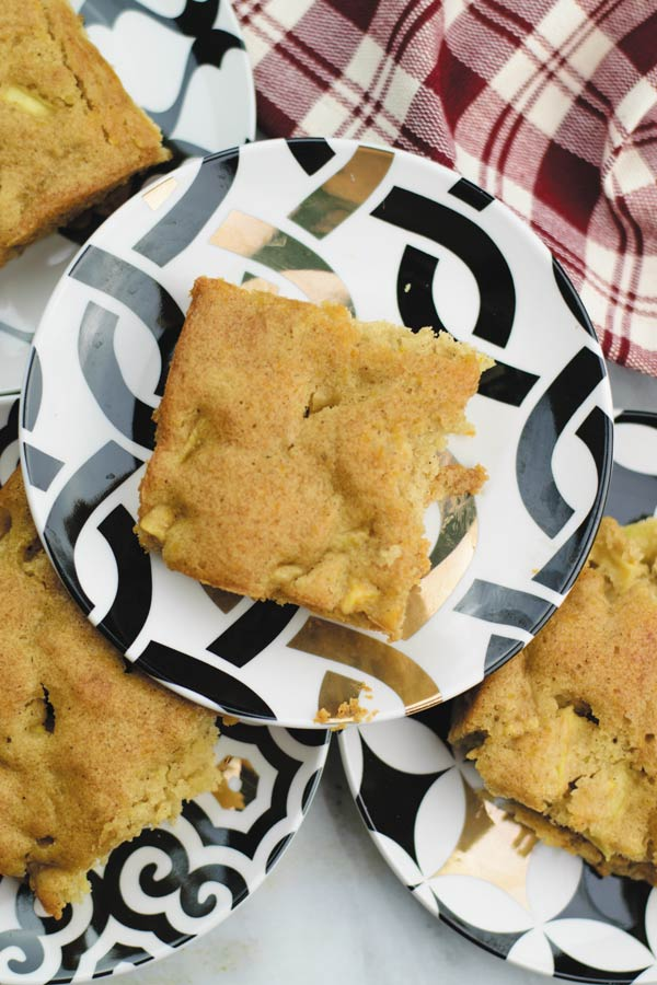 Apple Sheet Cake - easy sheet cake filled with fresh apples and fall spices! A perfect holiday treat, make ahead and enjoy!