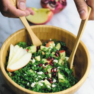 Crunchy Kale Salad With Apple & Pear