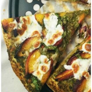Almond Pesto Pizza With Peach & Spinach