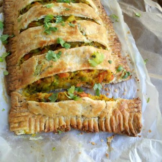 Large Version of Loaded Spicy Veggie Pie