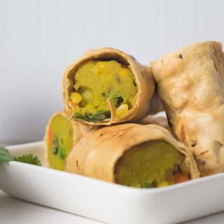 crunchy rolls made of papad 1