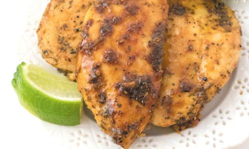 honey garlic chicken in skillet title