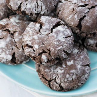 Fudgy Chocolate Crinkle Cookies - Perfect cookies for tea time, these are fudgy with crunchy exterior. My HUSBAND declared them the best cookies I have made so far!
